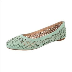Lucky Brand eastly green flats size 7.5